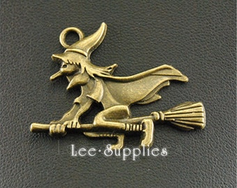 10pcs Antique Bronze Witch with Broomstick Charms Pendant A1311