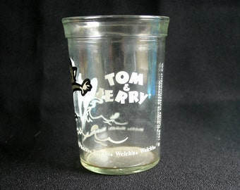 Vintage Tom and Jerry glass.  Very good condition.  Welch's old jelly jar.
