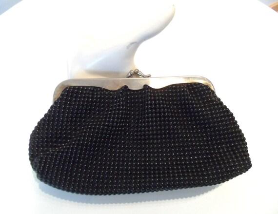 Vintage GoldCrest black Pearl Mesh clutch Purse with silvertone kiss clasp