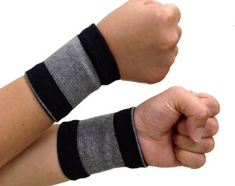 Self-Warming Wrist Band | Bamboo Charcoal Technology | 1 pair - 2 bands