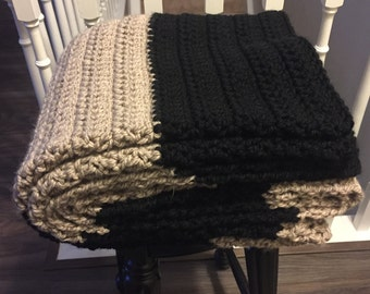 Chunky Crochet Blanket Black and Taupe / Crochet Blanket / Black Blanket / Taupe Blanket / Chunky Blanket / Afghan / Throw