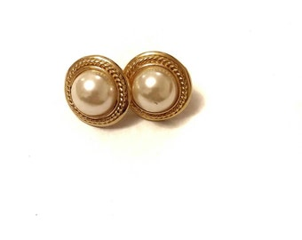 Gorgeous Gold & Pearl Vintage Earrings