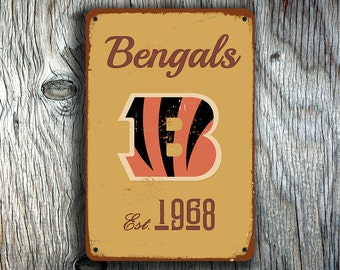 CINCINNATI BENGALS Sign, Vintage style Bengals Sign, Bengals Sign,Cincinnati Bengals,Football Signs,Football Decor,NFL Signs, Football Gifts
