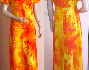 Vintage Fire Lava Colors Long Hawaiian Barkcloth Muu Muu Dress by KAWIKA OF HAWAII Small / Medium
