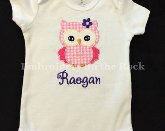 Personalized owl shirt, personalized, owl girl baby shower, girl owl bodysuit, embroidered, pink owl, girl baby shower gift.
