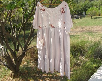 Romantic magnolia floral yoke and shabby chic pale pink dress size 44 and 46 Bohemian chic