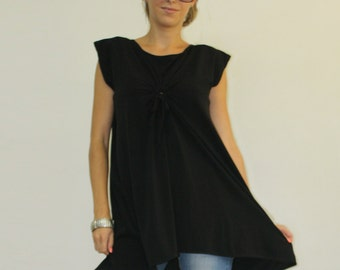 Black tunic / Short sleeve tunic / Loose top asymmetric top / Casual top