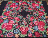 SALE!!! 75% off romanian wool shawl roumanie Soviet Vintage russian scarf Floral Shawl Ukrainian russian old - old  shawl Rare Give a unique