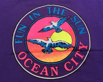 1991 AIR WAVES I.N.C Made in U.S.A Vintage Surf Shirt