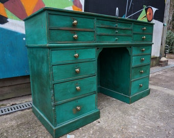 Florence Green Writing desk and drawers