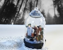 Miniature Snow Globe Necklace - Escaping the city during the zombie apocalypse