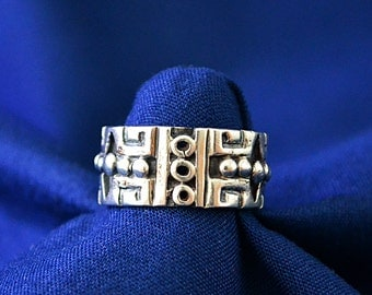 Vintage Mexico  Sterling Silver Signed Ring, Handcrafted Sterling Taxco Ring