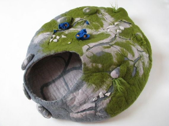Cat bed cat cave felted pet bed cat house wool cat by - Felted wool cat bed pattern ...