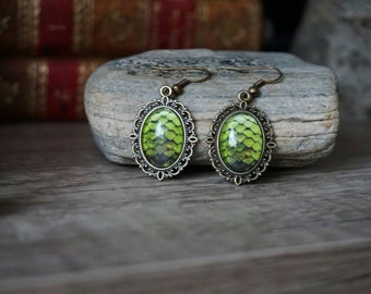 Danerys Dragon Eggs earrings green bronze