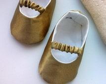 Gold Baby Shoes, Baby infant Girl Shoes, Gold Glitter baby shoes, wedding gold satin baby shoes, Baby Ballet Flat, Toddler Ballet Slipper