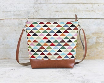 Shoulder bag/Crossbody bag, triangles, SOPHIA