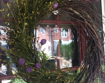 Summer prim wreath