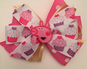 Peppa Pig Hair Bow Peppa Pig Bow Peppa Pig Birthday Bow Pink and Gold Peppa Pig Bow Cupcake Hair Bow Birthday Party Bow Pink Polka Dot Bow
