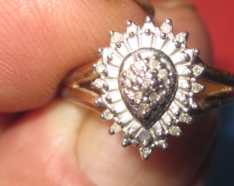 Amazing 925 silver ring White jewels size 6 an 1/2