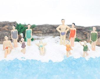 Miniature People Figurine in Swimsuit 12-36mm Tiny Person Summer Beach Poolside Swimming Swimmer Terrarium Dollhouse NOVO mini Supplies