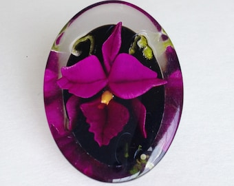 Lucite Orchid Brooch / Vintage Lucite Brooch / Orchid Brooch / Encapsulated Flower Pin