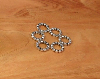25 pcs of Round Rings of Fun
