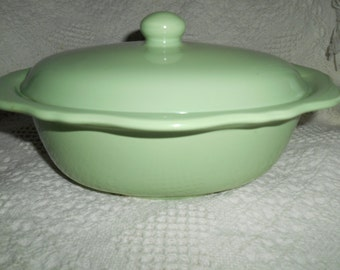 Gail Pittman Hospitality Southern Living At Home Collection Casserole with Lid