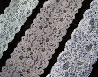 11 Yards Lingerie Wide Stretch Lace Trio.