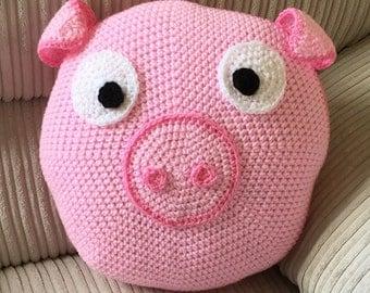Pink Pig cushion // nursery // farm // kids bedroom // scatter cushion