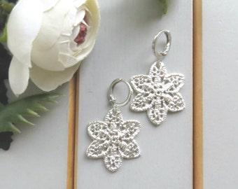 Tiny silver earrings, flower earrings, silver dangle earrings, silver drop earrings, silver earrings dangle, dainty silver earrings