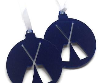 """Blue Crossed """"Oar-nament"""""""