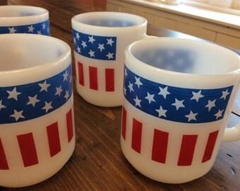 Vintage White Glass USA Patriotic Mugs July 4th (A609)