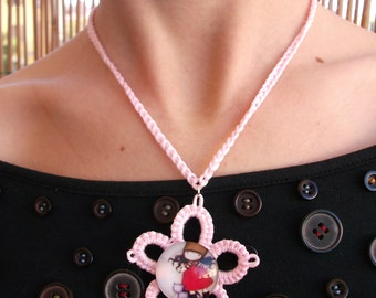 Parure with flowers to crochet and tatting, Twine cabochon. Gift ideas for girls