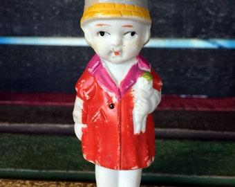 Girl Penny Doll / Frozen Charlotte