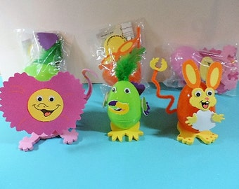 Kids craft kit - Wild animal Easter egg decorating kit - Makes 6