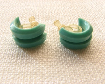 Vintage Screw Back Turquoise Half-Hoop earrings