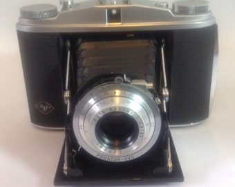 Vintage Agfa Prontor SVS film camera and case