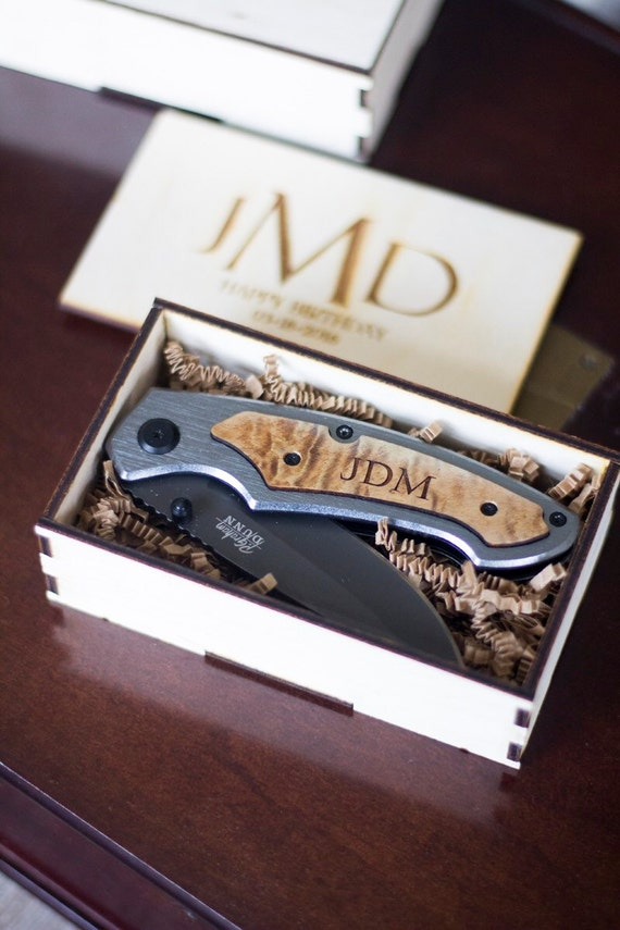 Wedding Gift Knives Suggestions : ... Gift Set, Engraved Wedding Gift, Knives for Groomsmen, Father of the