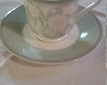 Hankook Morning Calm Pattern set of 5 cups and saucers