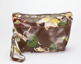 SALE! Medium Makeup bag- Oilcloth Cosmetic pouch- Oil cloth Makeup case - Ladies Beauty pouch - Cosmetic bag - Beauty purse - Floral orchid