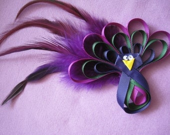 Handmade Pin,can be on hair band or hair clip. Can be in deferent colors