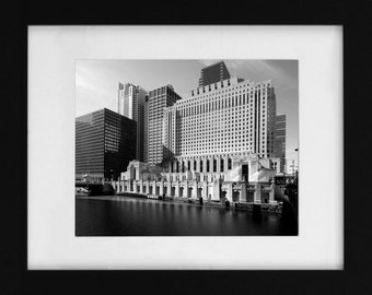 Chicago Daily News Building Fine Art Print