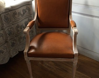 Armchair style Louis XVI worn patina