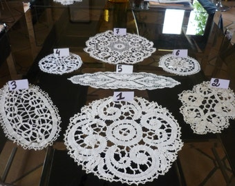 Lot of seven good French vintage doilies in 1940 Lace