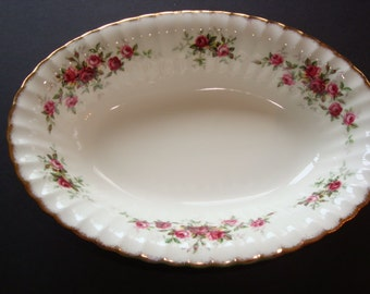 Paragon COUNTRY FAIR Oval Vegetable / Serving Bowl