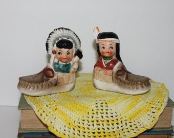 Vintage Native American Indians in Moccasins Salt and Pepper Shakers Japan