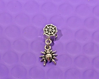 Spider Dangle Charm European Style Halloween Pendant Create Your Own Charm Bracelet Or Necklace DIY Accessories Fashion Jewelry