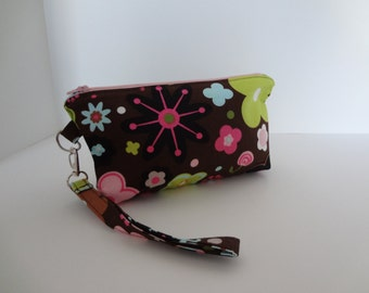 Cosmetic Bag; Zippered Pouch; Travel Makeup Bag; Brown, Green & Pink Retro Floral