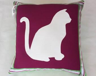 Kitty Pillow (purple)