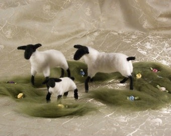 Needle Felted Sheep family, Wool Sheep, Waldorf, Lamb.Wool Art.